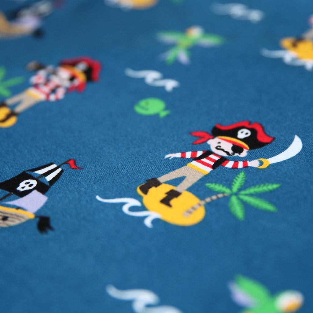 jersey stoff piraten insel piratenschiff auf blau guenstiger. Black Bedroom Furniture Sets. Home Design Ideas